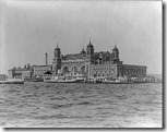 330px-Ellis_Island_in_1905