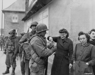 79th-inf-div-314th-inf-regt-troops-get-wine-from-french-civilian-women-drusenheim-france-010645-1-of-1